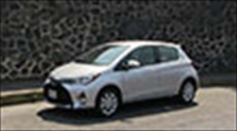 toyota yaris hatchback 14859